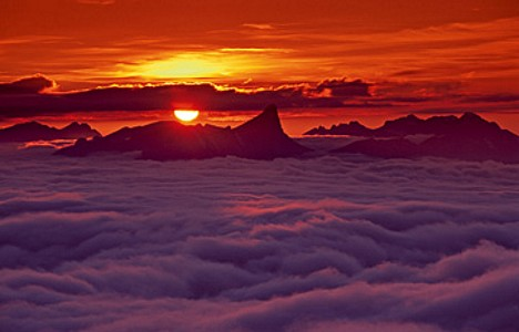 Sunset on Niederhorn II - Thomas Marent